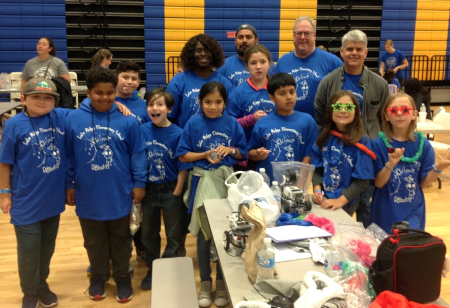 group picture of robotic team